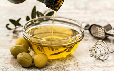 The Healthy Oil Controversy & 3 Recipes You'll Love